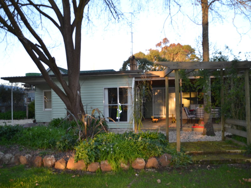 74 Glendinning Road, Cavendish, Vic 3314