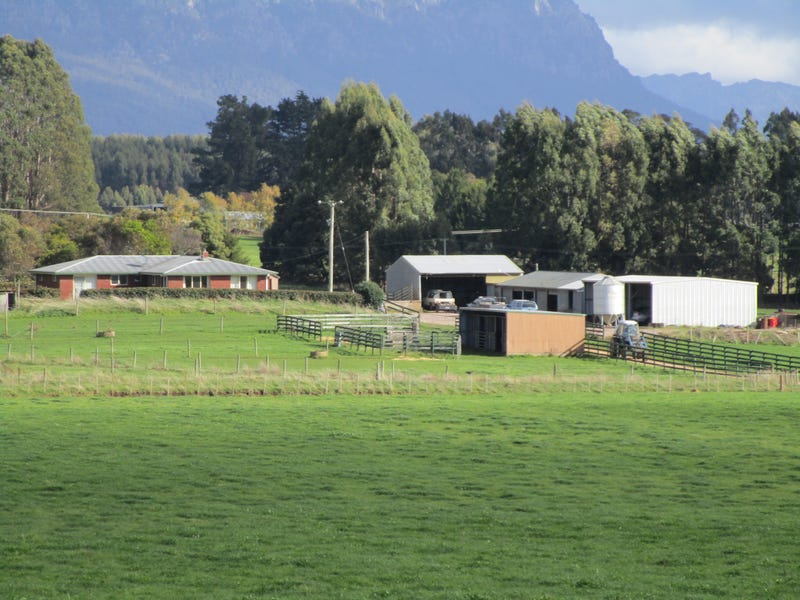 2711 Sheffield Road, Sheffield, Tas 7306