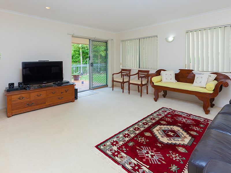 66 Grout Street, MacGregor, Qld 4109