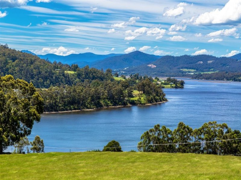 - Huon Highway, Castle Forbes Bay, Tas 7116