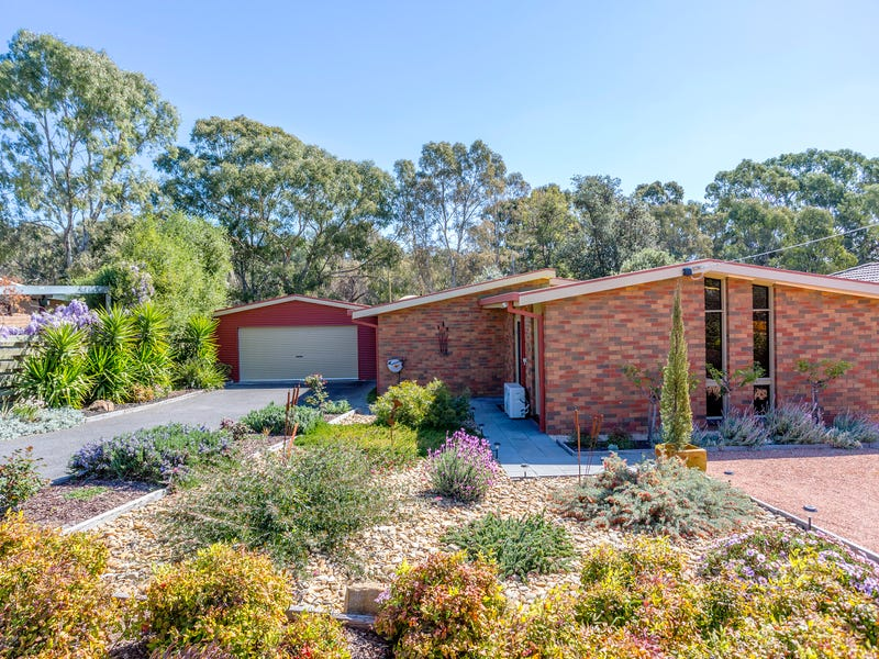 103 Retreat Road, Spring Gully, Vic 3550