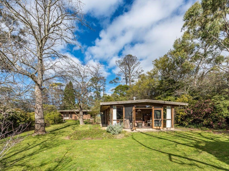 25 Mount Road, Bowral, NSW 2576