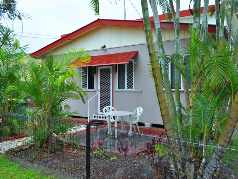 115 Dover Road, Redcliffe, Qld 4020