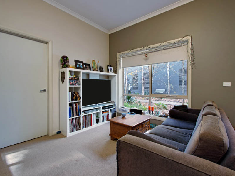 4/123 Main, Lower Plenty, Vic 3093