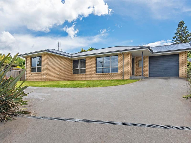 38 River Road, West Ulverstone, Tas 7315