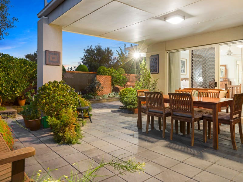 12 Port Phillip Drive, Mornington, Vic 3931