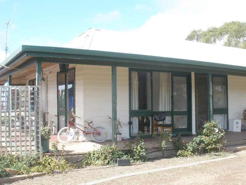 152 Forest Road, Morrisons, Vic 3334