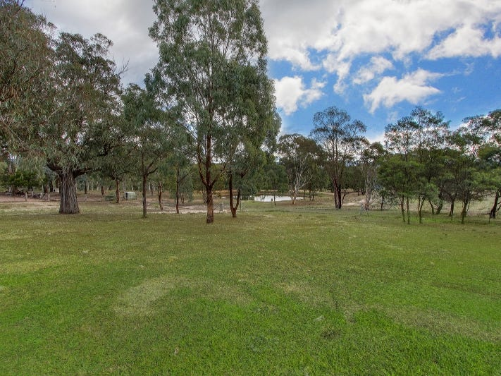 628 Lucky Pass Road, Collector, NSW 2581
