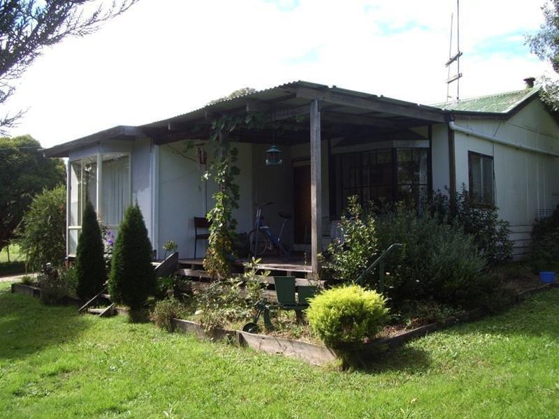 370 Bruthen Buchan Road, Buchan South, Vic 3885
