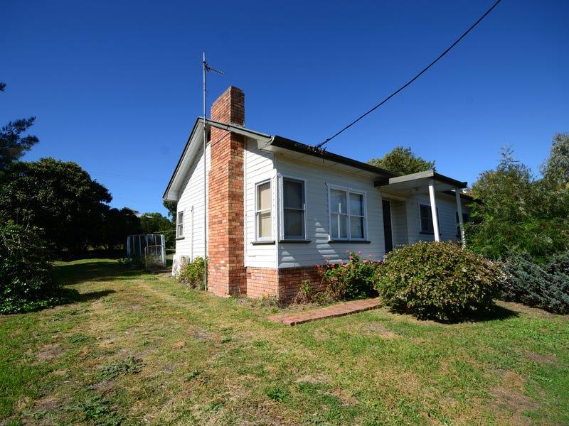 16 Humble Street, Willow Tree, NSW 2339