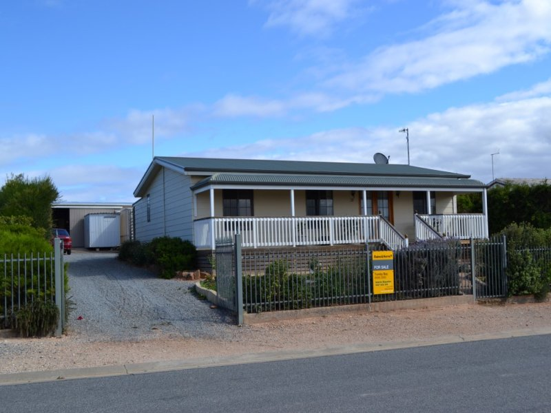 27 Carrow Tce, Port Neill, SA 5604