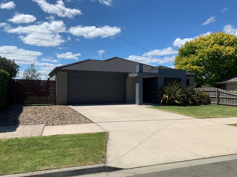 1 William Crescent, Yinnar, Vic 3869