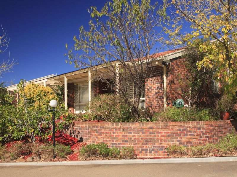 25/27 Elm Way, Jerrabomberra, NSW 2619