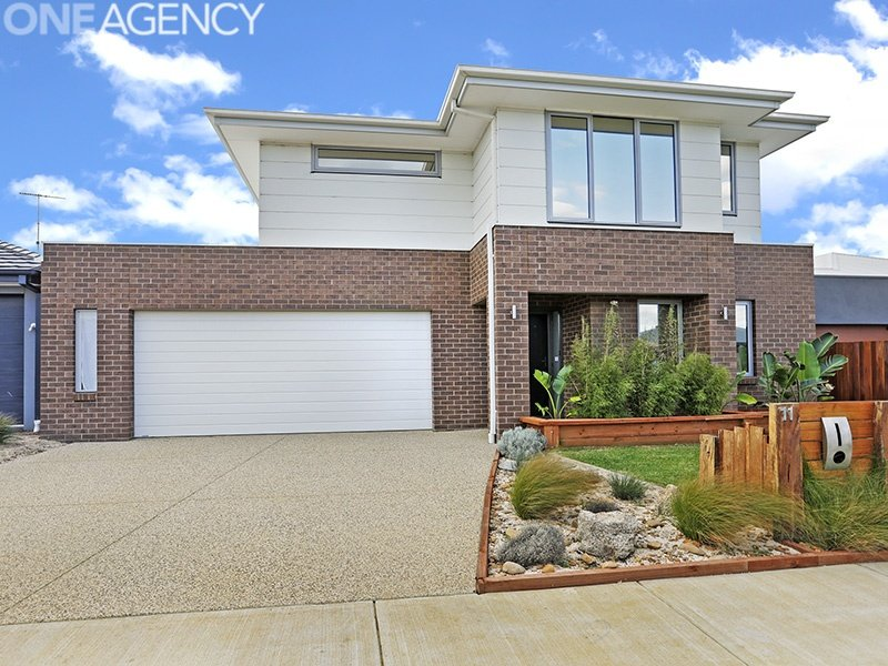 11 Cape Way, Armstrong Creek, Vic 3217