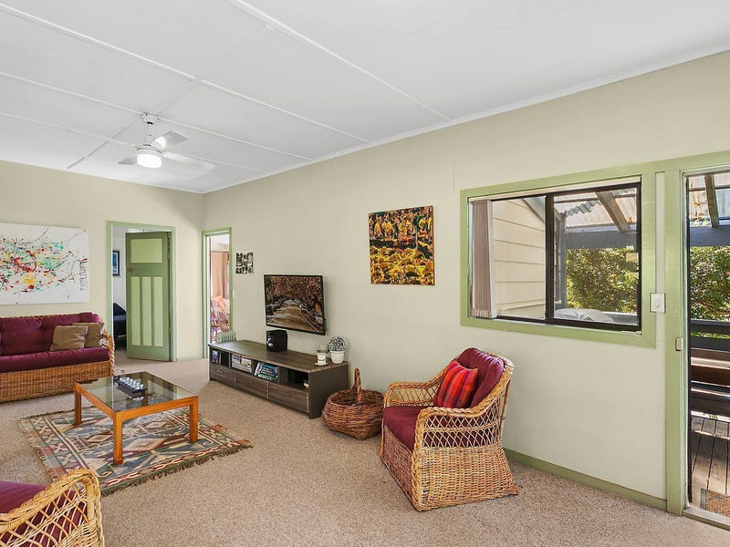 82 Avoca Drive, Avoca Beach, NSW 2251
