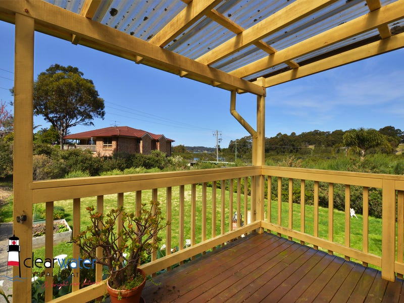 62 Fishermans Cres, North Narooma, NSW 2546