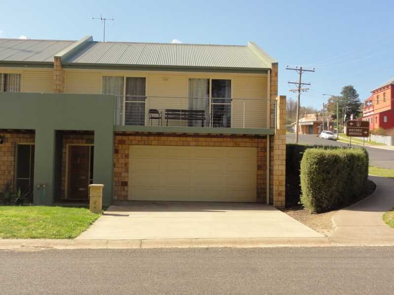 Unit 4,25 Sheridan Lane, Gundagai, NSW 2722