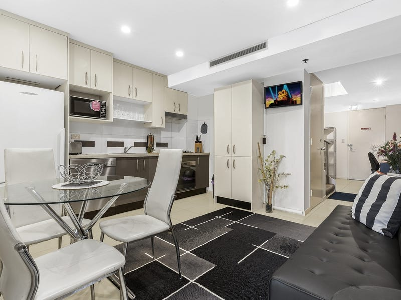 136/4 Lachlan Street, Waterloo, NSW 2017