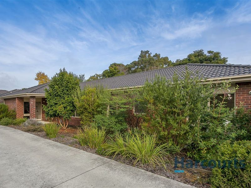 2 Evelyn Place, Kilsyth, Vic 3137