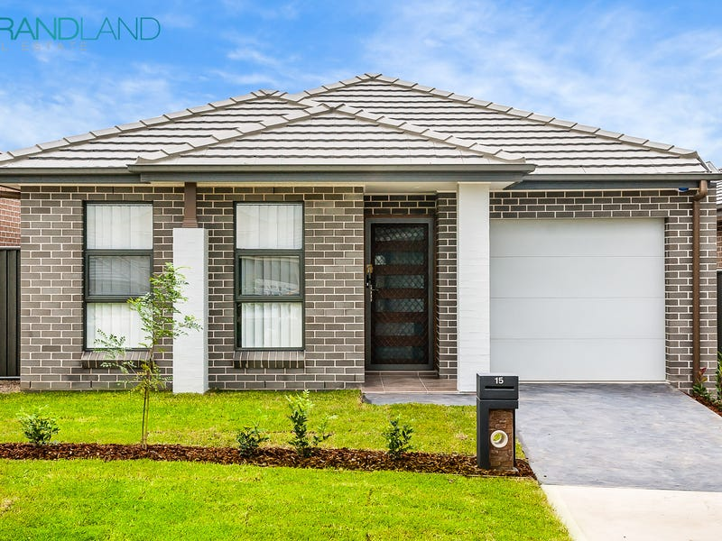15 Glycine St, Denham Court, NSW 2565