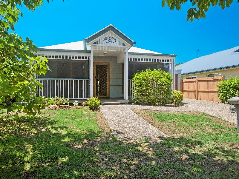 8 Irving Place, Sippy Downs, Qld 4556