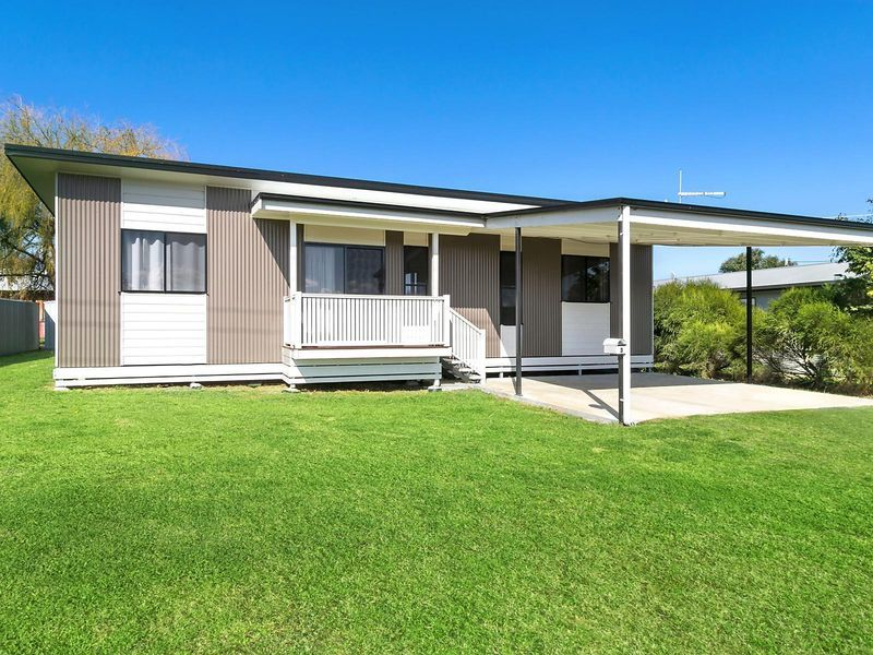 3 Comerford Street, Nobby, Qld 4360
