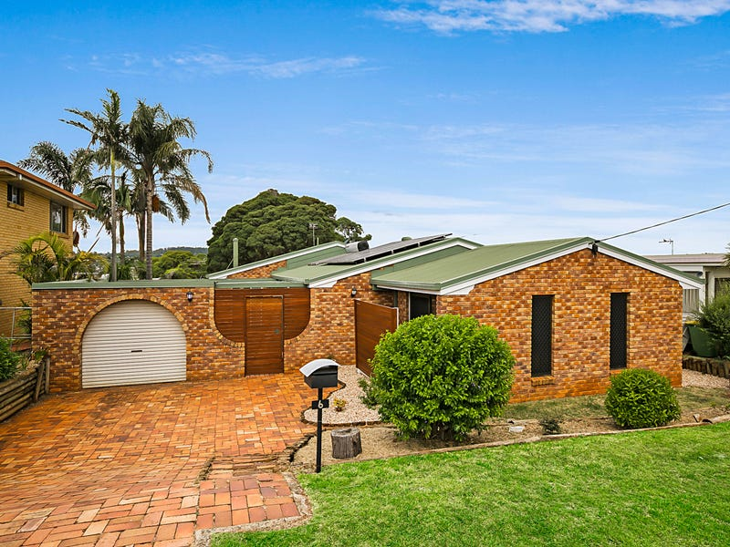 6 Greenbury Street, Rockville, Qld 4350