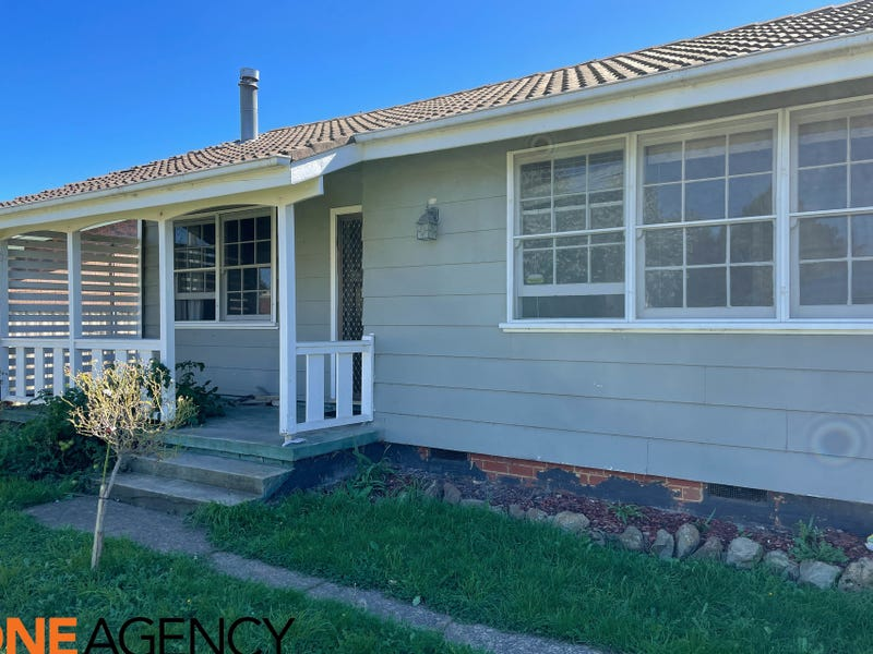 13 & 13A Morris Street, Blayney, NSW 2799
