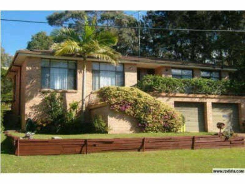 13  Seabreeze Pde, Green Point, NSW 2428