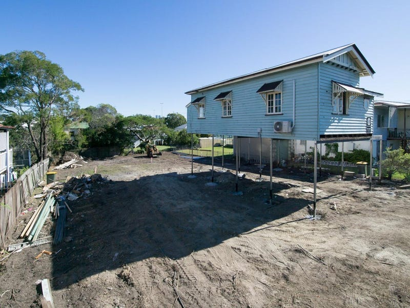 140 Bennetts Rd, Norman Park, Qld 4170
