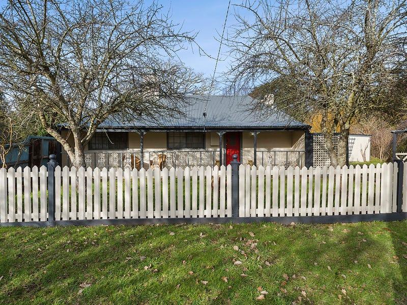 8 Dryden Street, Carlsruhe, Vic 3442