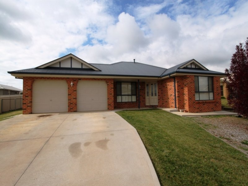 17 O'Reilly Place, Bathurst, NSW 2795