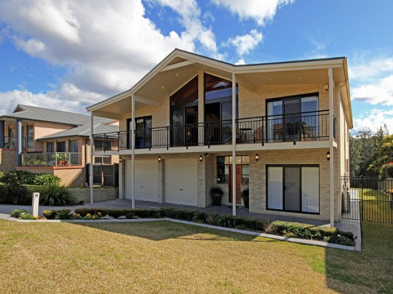 8 Bonnie Troon Close, Dolphin Point, NSW 2539