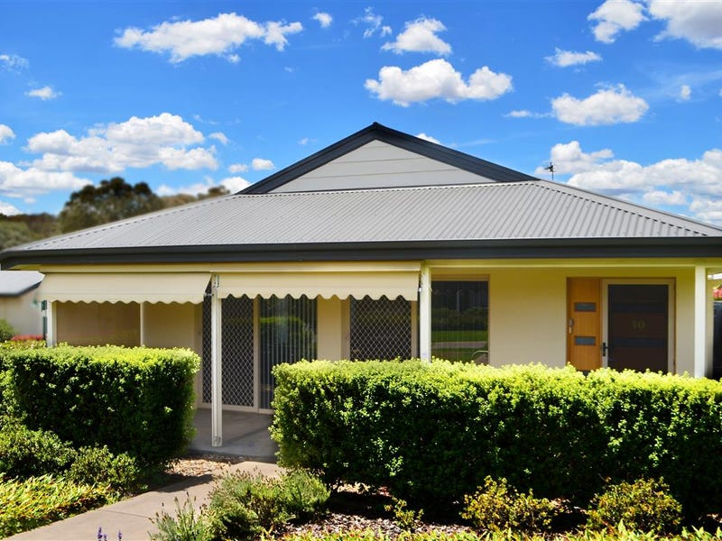 10, 84 Currawong Road, Tumut, NSW 2720