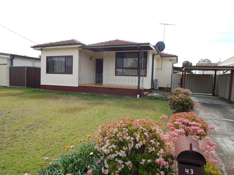 43 Chadwick Crescent, Fairfield West, NSW 2165