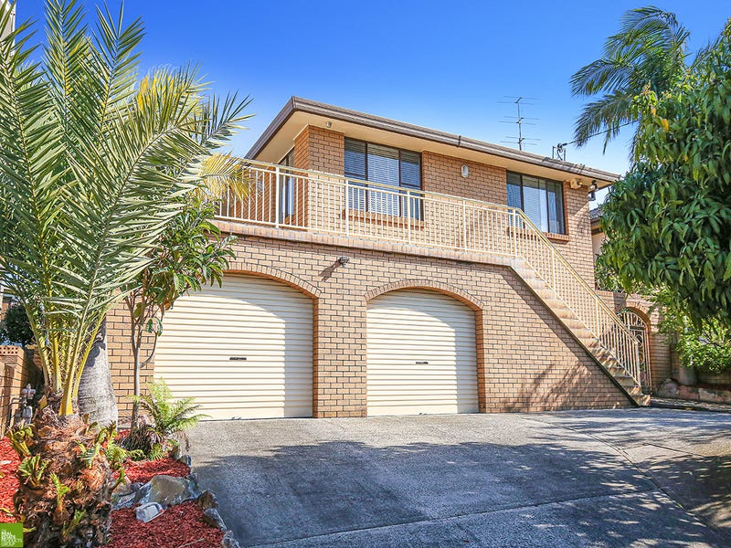 99 Cummins Street, Unanderra, NSW 2526