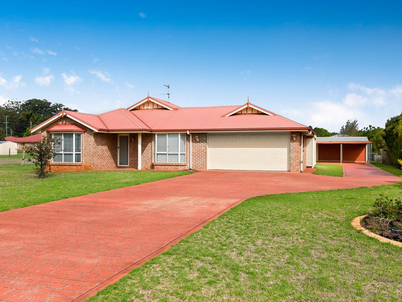 2 Granada Drive, Highfields, Qld 4352