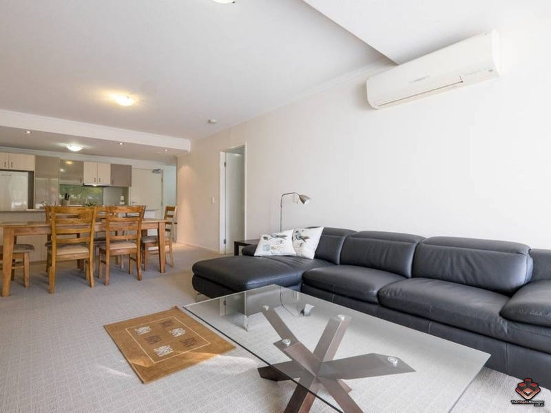 63 95 Clarence Road Indooroopilly Qld 4068 Apartment