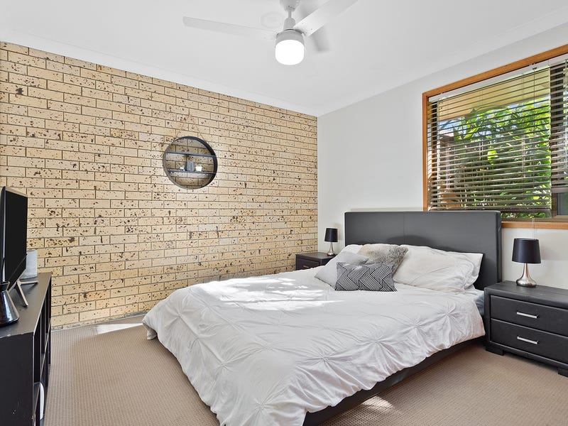 1/192 Oxley Drive, Coombabah