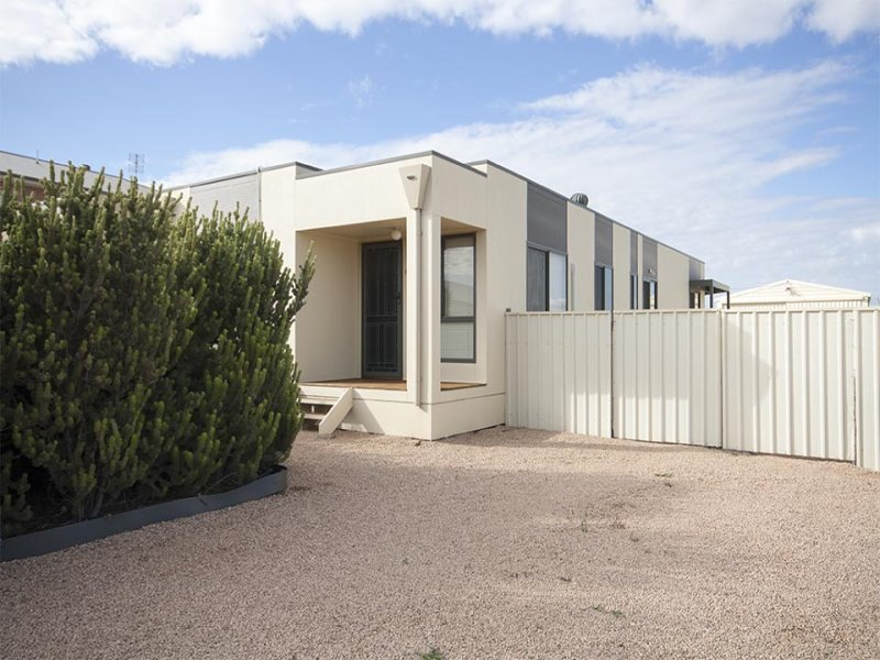 34 Islesworth St, North Beach, SA 5556