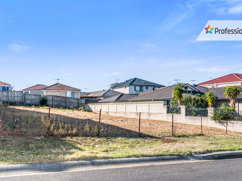 9 Idriess Place, Casula, NSW 2170