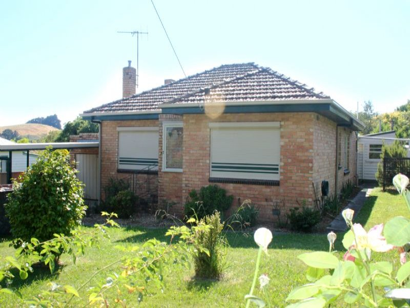 7 CLARENCE STREET, Loch, Vic 3945