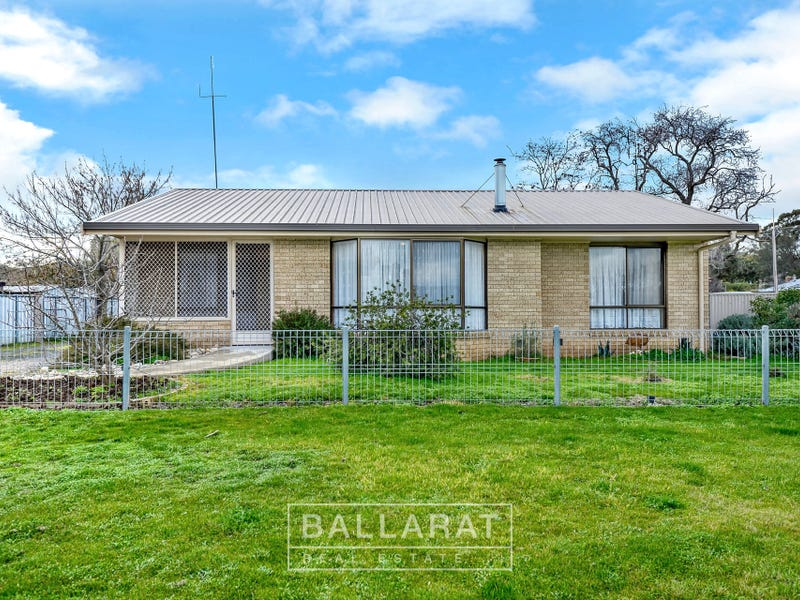 12 Lawrence Street, Dunolly, Vic 3472