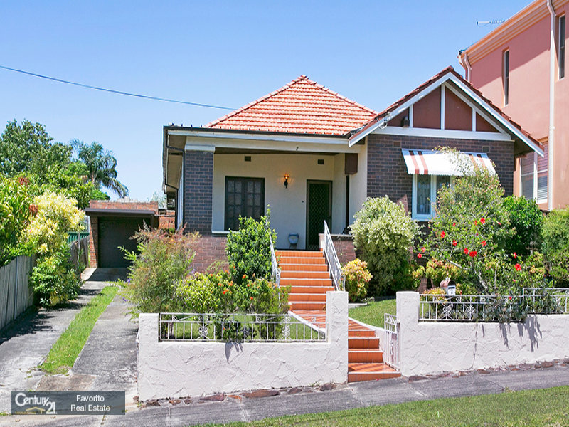 2 Earlwood Avenue, Earlwood, NSW 2206