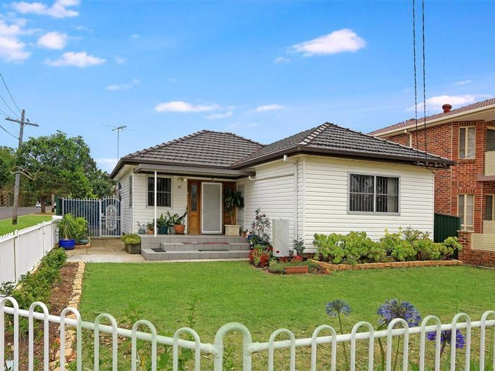32 woods Road, Sefton, NSW 2162