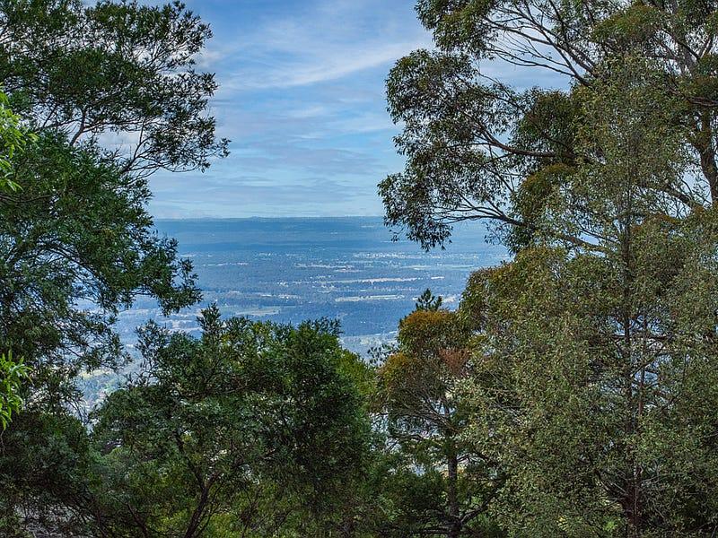 100 Warks Hill Road, Kurrajong Heights, NSW 2758