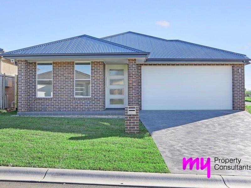 14 Clowes Street, Elderslie, NSW 2570