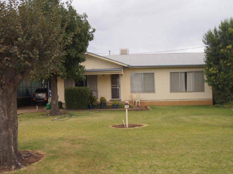 98 Mahonga Street, Jerilderie, NSW 2716