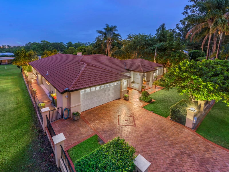 26 Priestley Road, Bridgeman Downs, Qld 4035