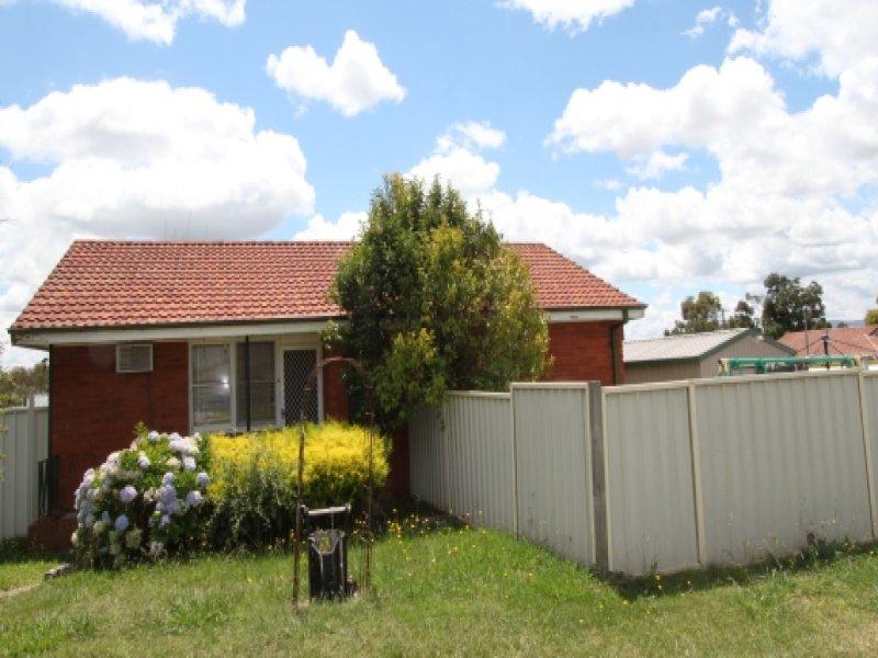 5 Aroo Street, Bathurst, NSW 2795